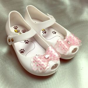 Bee Happy Mary Jane White Shoes